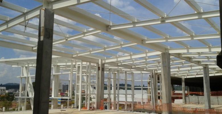 Terças metálicas para telhado