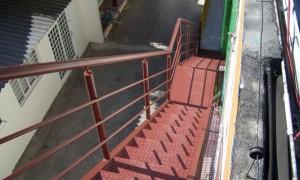 Escadas metálicas exteriores